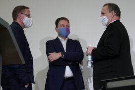 Diskussionsbedarf nach der Diskussion: Peter Löck, Franz W. Rother und Heinz-Jürgen Weber.
