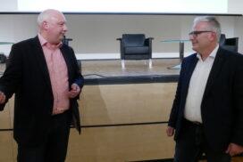 Jörg Bode im Gespräch mit DMT-Geschäftsführer Eckhard Schulte.
